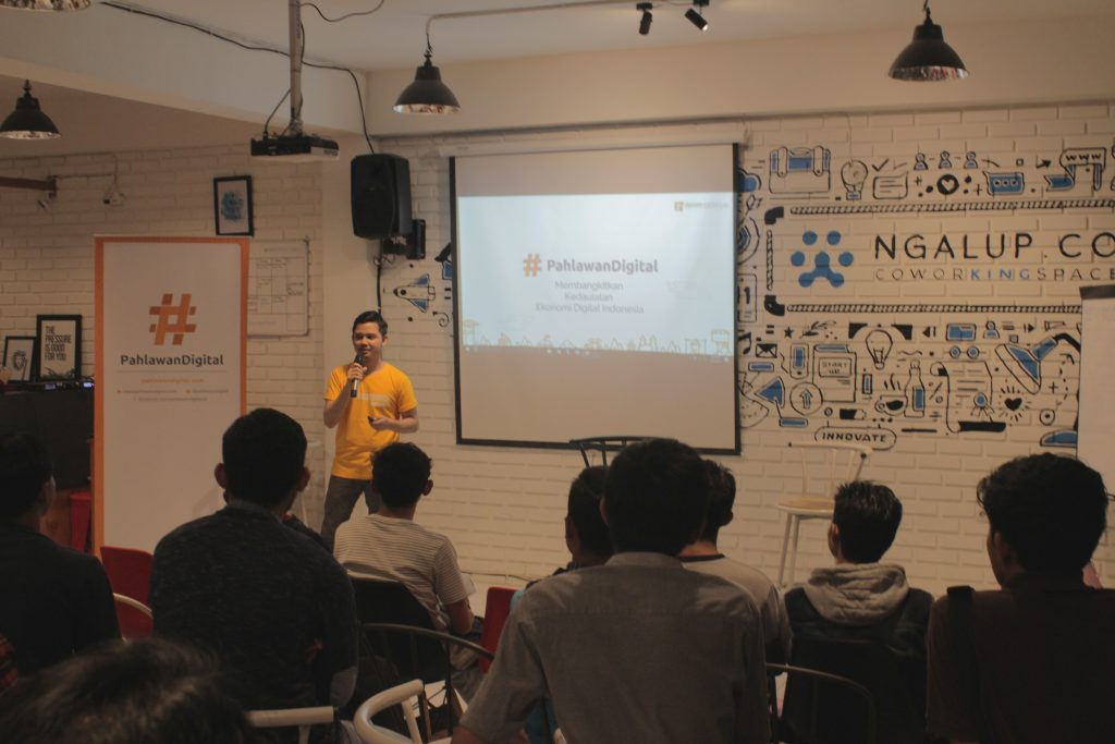 Roadshow #6 Pahlawan Digital di Ngalup Coworking Space